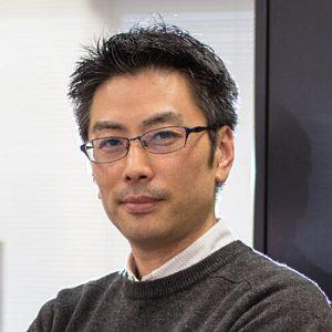 准教授 山崎俊彦